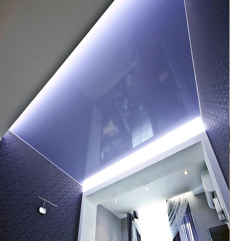 цветные потолки глянец
