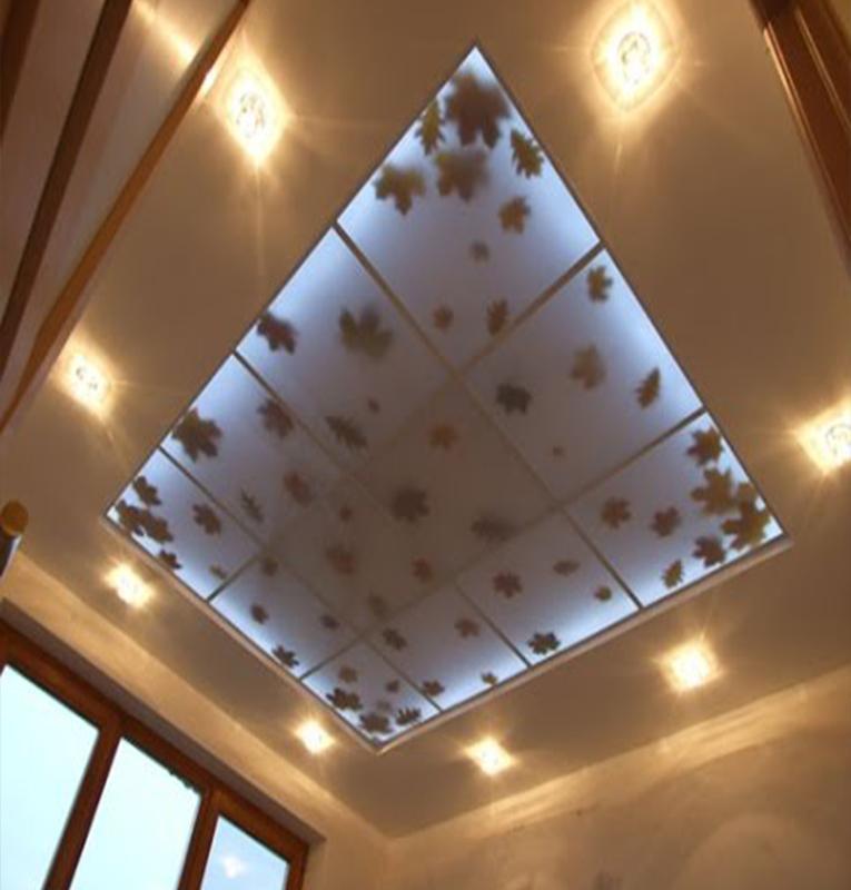 Двухуровневые потолки листья