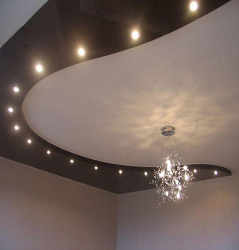 Двухуровневые потолки с точечными светильниками