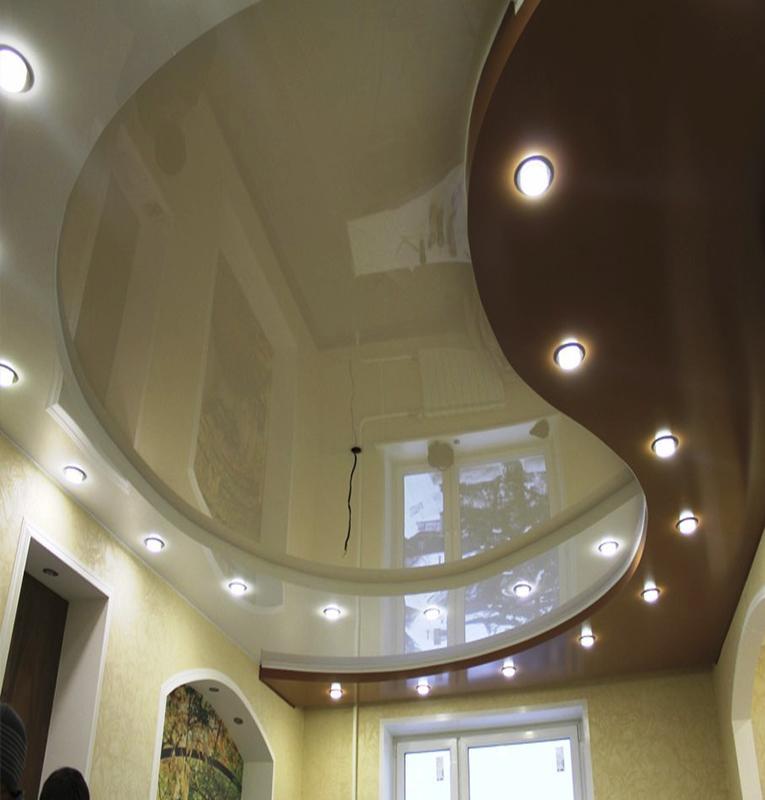 Двухуровневые потолки коричневые