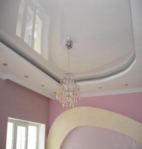 Двухуровневые потолки белые