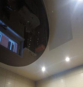 Глянцевые потолки чб