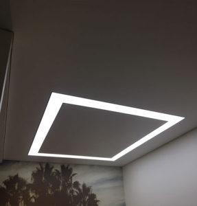 геометрия потолка в гостиной
