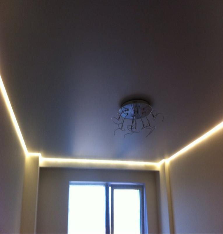 парящие потолки свет линии