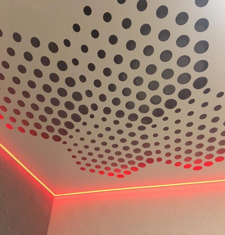 Перфорированные потолки с подсветкой