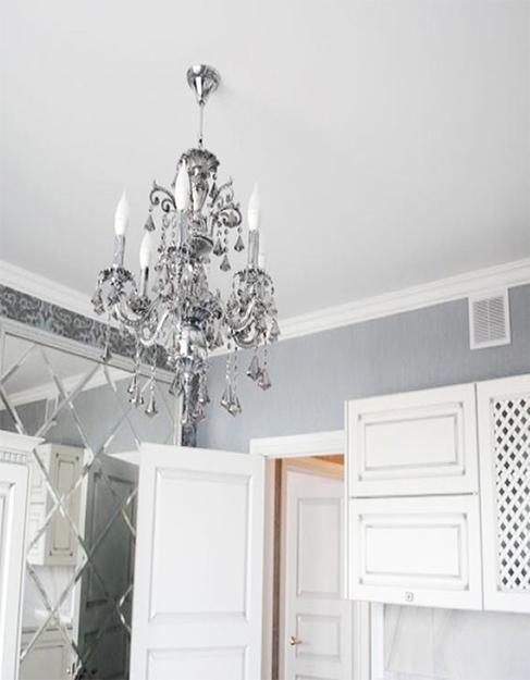 Матовый белый натяжной потолок в кухню Pongs