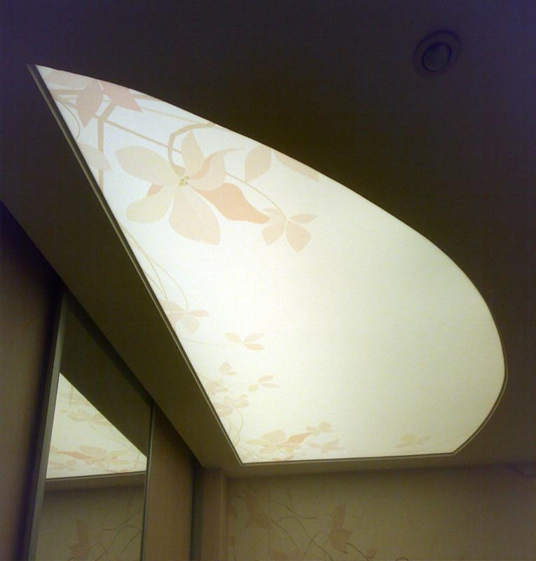 Светопрозрачные потолки цветы